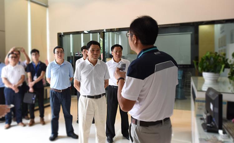 省国土厅厅长陈光荣到我司开展调研工作